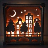 Houten lamp zonder naam: Op straat / Het Houtlokael