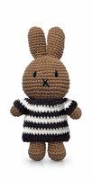 Nina handmade en haar zwarte streepjesjurk / Just Dutch