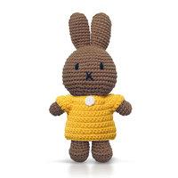 Nina handmade en haar gele jurk / Just Dutch