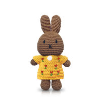 Nina handmade en haar gele tulpenjurk / Just Dutch