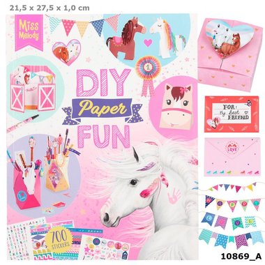 DIY Paper Fun Book / Miss Melody