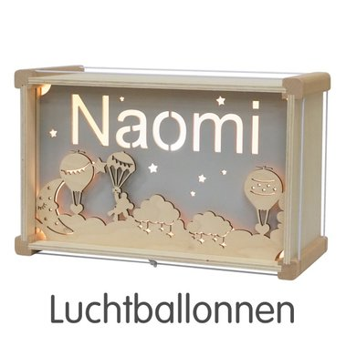 Houten DeLuxe lamp met naam: Luchtballonnen / Het Houtlokael