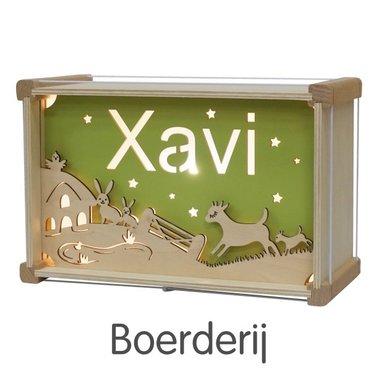 Houten DeLuxe lamp met naam: Boerderij / Het Houtlokael