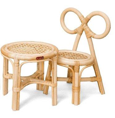 Rotan Poppenstoeltje + tafeltje / Poppie Toys
