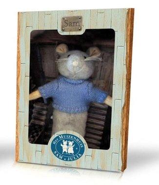 Het Muizenhuis: pluche muis Sam / Karina Schaapman