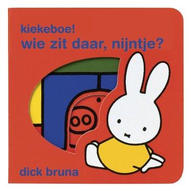Kiekeboe. Wie zit daar, nijntje (kartonboekje) / Dick Bruna