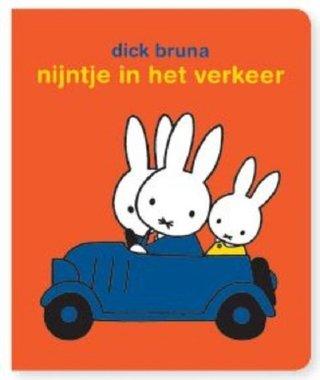 Nijntje in het verkeer (stickerboek) 3+ / Dick Bruna