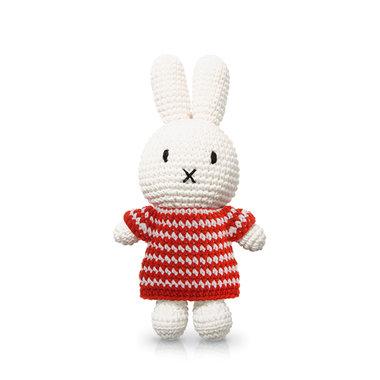 Nijntje handmade en haar rode strepenjurk / Just Dutch