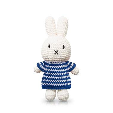 Nijntje handmade en haar blauwe strepenjurk / Just Dutch
