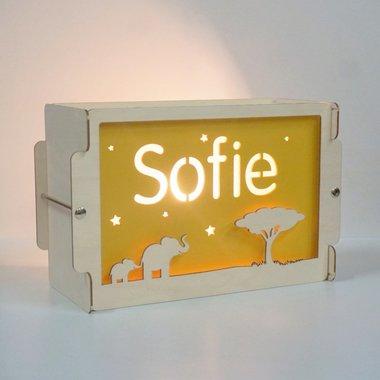 Houten BOX lamp Olifant met naam / Het Houtlokael